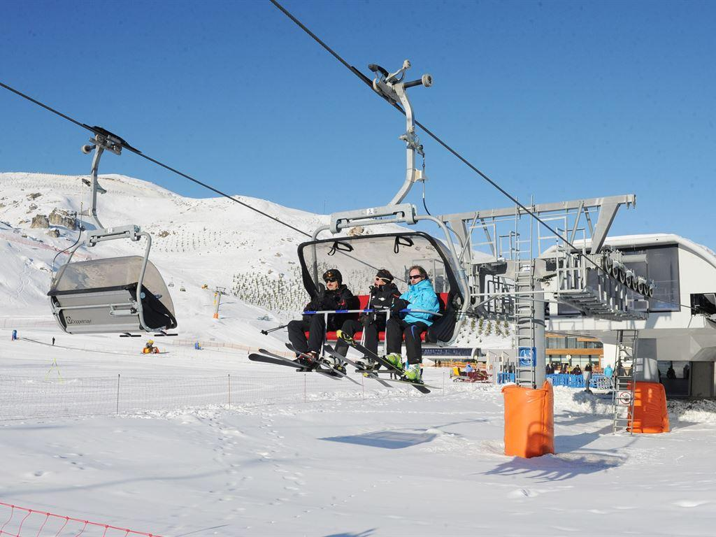 Shahdag Mountain Resort Skiing tour