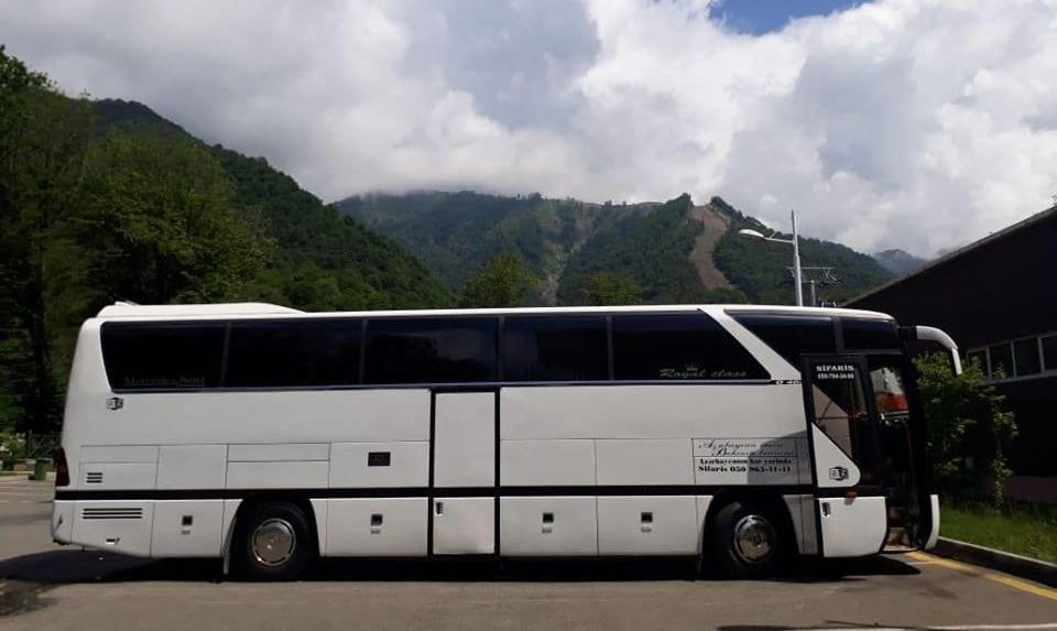 Mercedes 403 Coach 45 seater
